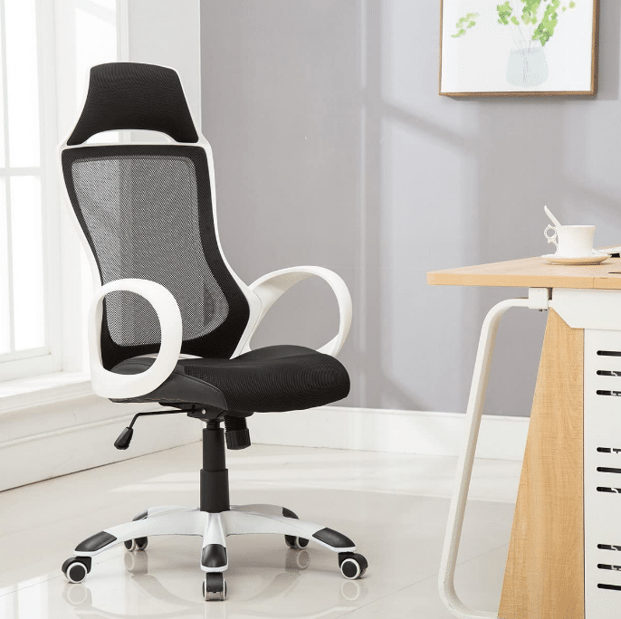 Living Room Chair Buying Guide for Back Pain
