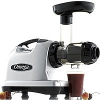 Omega J8006 Nutrition Center Quiet Dual-Stage Slow Speed Masticating Juicer High Juice Yield, 150-Watt, Silver
